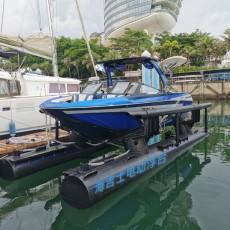 美国TigeZX23造浪艇与海吉士浮架